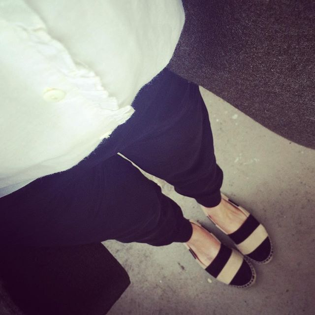 Could you be the most beautiful pants in the world? Jeanne by @jouur.label ️ #ootd #ba&sh #jouur #journelles #zara
