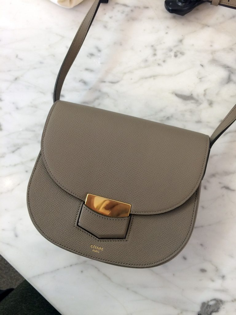 Alexa-Peng-Celine-Trotteur-Bag-4