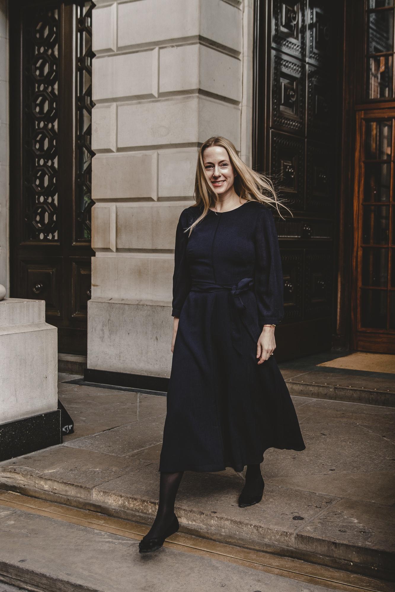 Mein London-Look feat. Cefinn: Teil 1 –Das blaue Kleid  Anzeige, enthält Affiliate Links