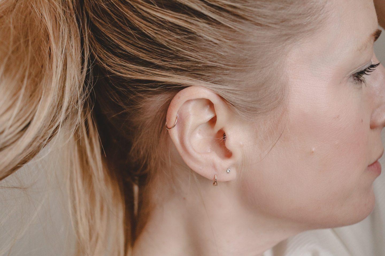 Über beide Ohren verliebt in: das Helix-Piercing – 5 Tipps!