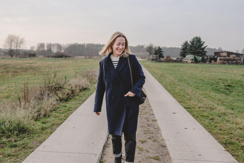 Sonntagsfein: Mein neuer dunkelblauer Mantel von Closed |#anzeige