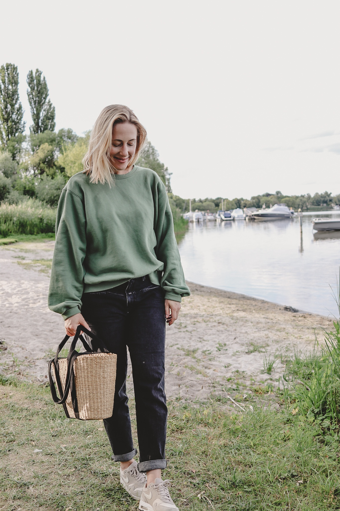 """""""An apple a day…"""": mein neuer Sweater von Frankie Shop"""