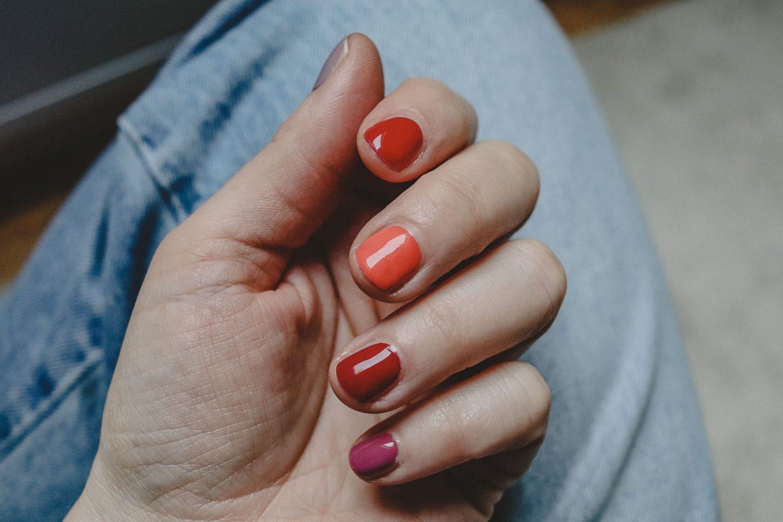 Alles im Lack! Multicolor Nails in herbstlichen Farben