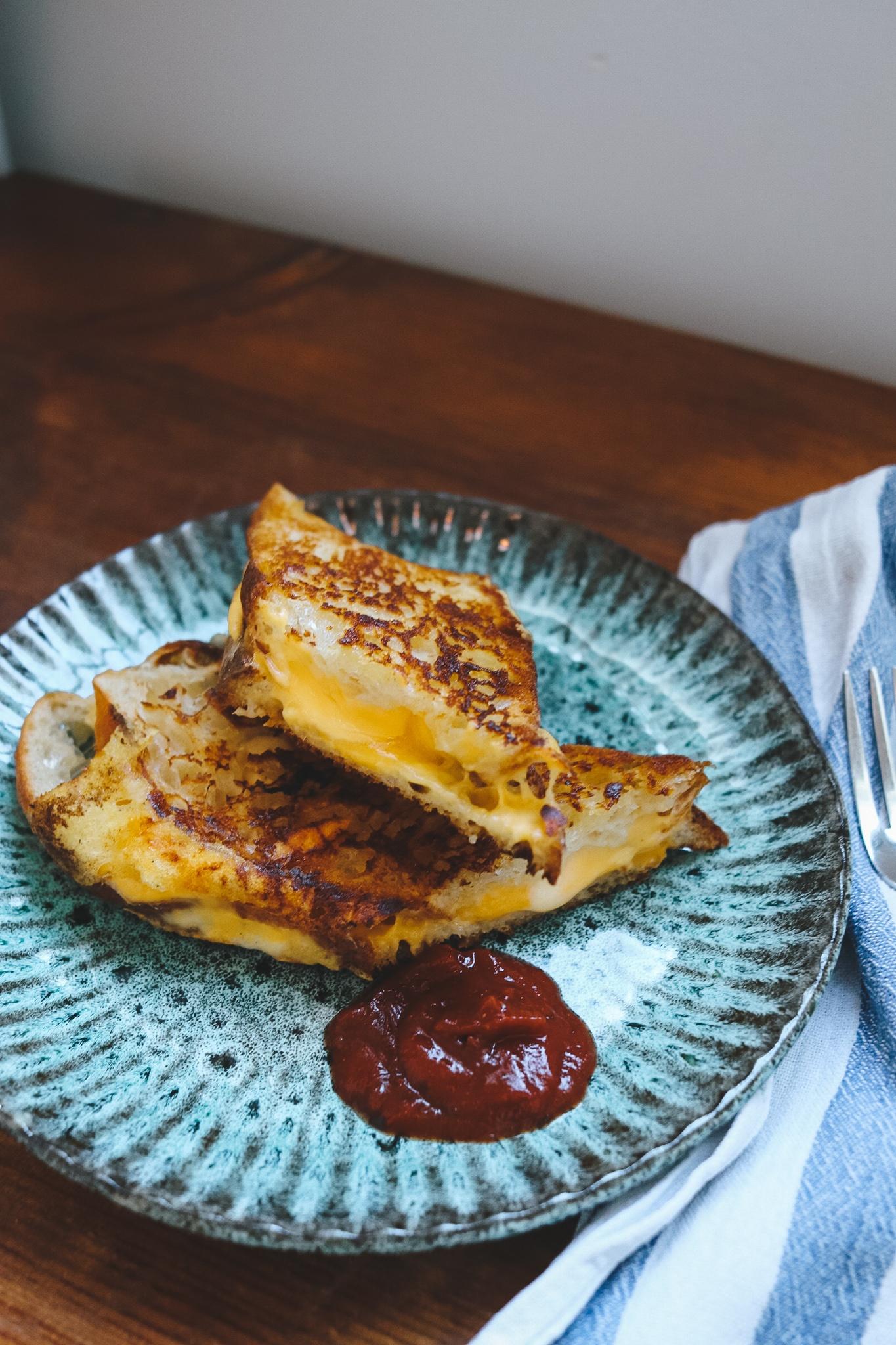 Mmmmh…: Grilled Cheese Sandwich mit dreierlei Käse