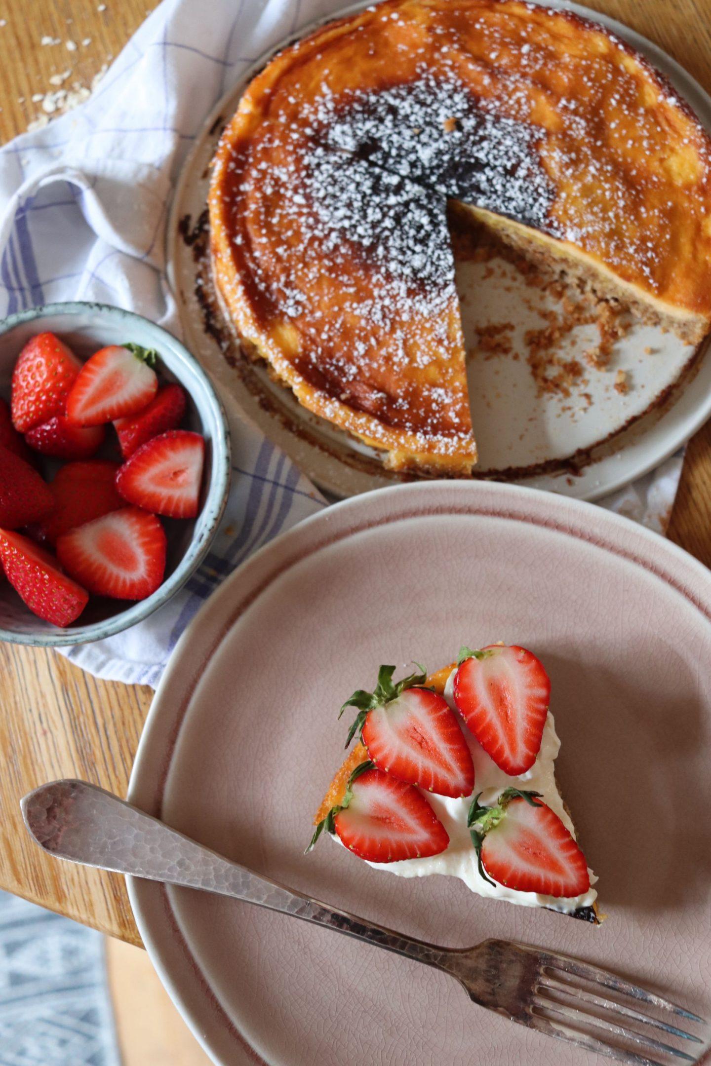 Milk Bar Pie (Ex-Crack Pie) – meine Version mit Erdbeeren und Crème fraîche