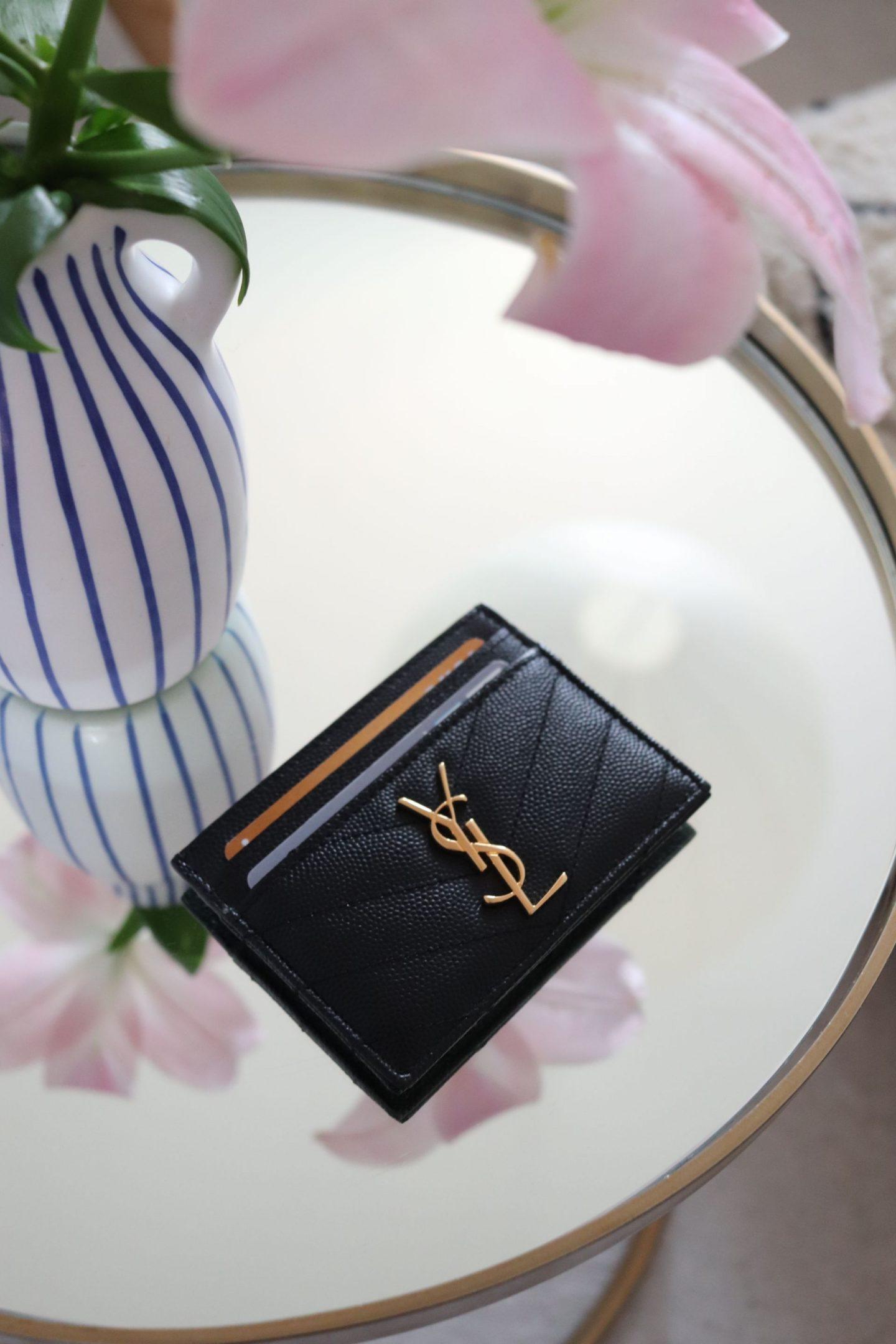 Luxussache: das Kartenetui von Yves Saint Laurent